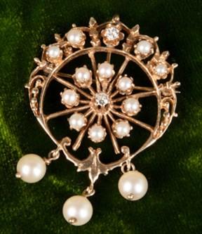 Pearl and Twin Diamond Brooch/Pendant