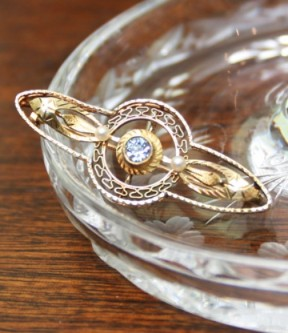 Aquamarine and Filigree Brooch