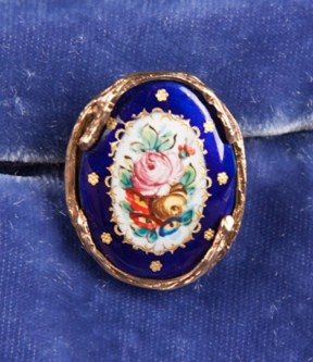 French Porcelain Ring