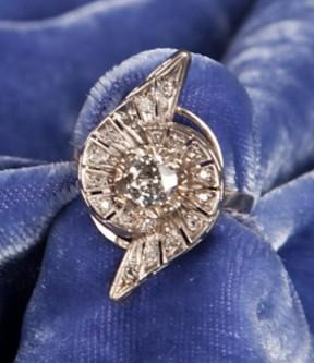 Diamond Prong Ring